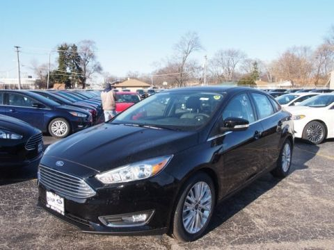 New 2017 Ford Focus Titanium FWD 4D Sedan