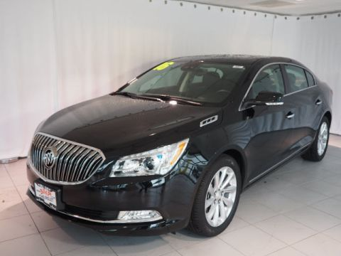 Pre-Owned 2016 Buick LaCrosse FWD Leather 4dr Sedan